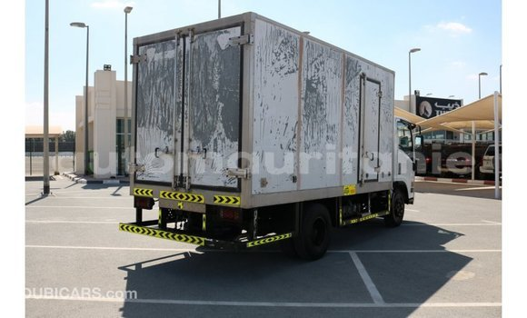 Acheter Importé Voiture Isuzu Rodeo Blanc à Import - Dubai, Adrar