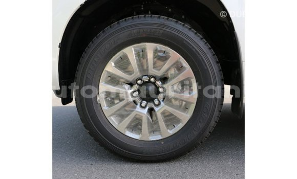 Acheter Importé Voiture Toyota Prado Blanc à Import - Dubai, Adrar