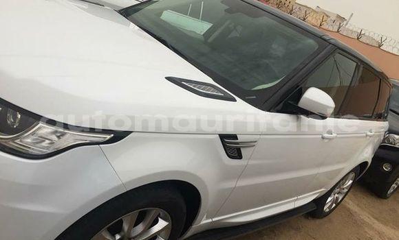 Acheter Occasions Voiture Land Rover Range Rover Evoque Blanc à Nouakchott au Nouakchott Ouest