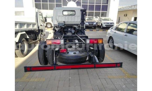 Acheter Importé Voiture Mitsubishi i Blanc à Import - Dubai, Adrar