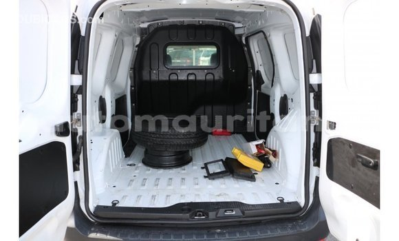 Acheter Importé Voiture Renault Dokker Blanc à Import - Dubai, Adrar