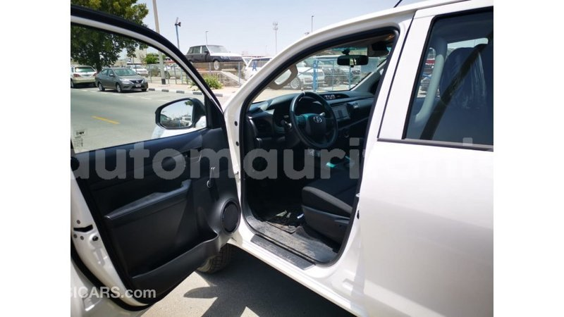 Big with watermark toyota hilux adrar import dubai 3468