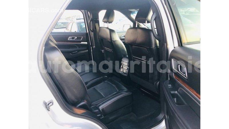 Big with watermark ford explorer adrar import dubai 3580