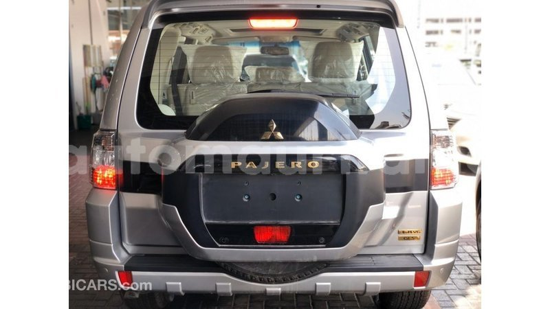 Big with watermark mitsubishi pajero adrar import dubai 3808
