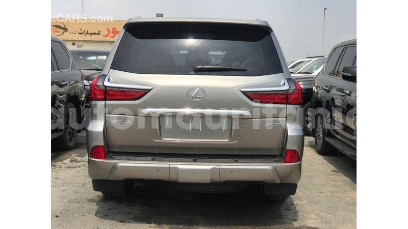 Big with watermark lexus lx adrar import dubai 3937
