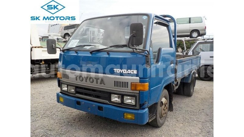 Big with watermark toyota dyna adrar import dubai 3991