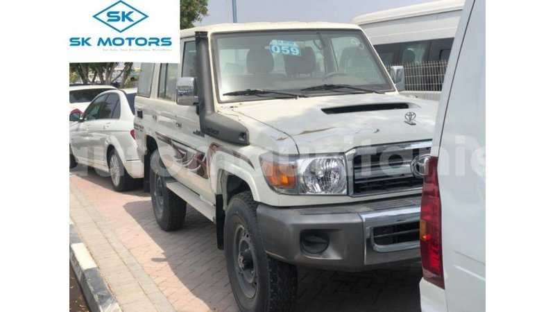 Big with watermark toyota land cruiser adrar import dubai 4076