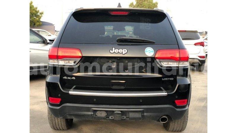 Big with watermark jeep grand cherokee adrar import dubai 4116