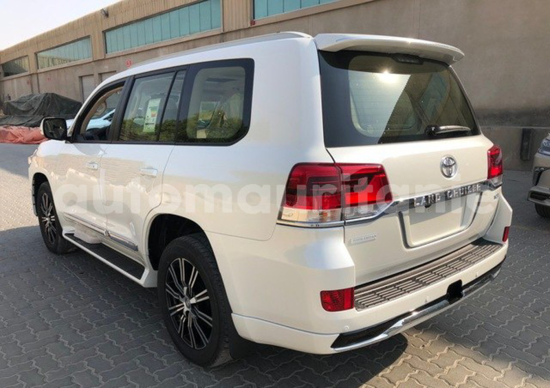 Big with watermark toyota land cruiser nouakchott ouest nouakchott 4139