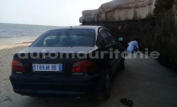 Acheter Occasions Voiture Toyota Avensis Noir à Nouadhibou au Dakhlet Nouadhibou